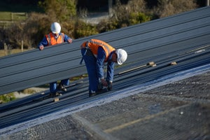 How to Get Homeowners Insurance to Pay for a New Roof